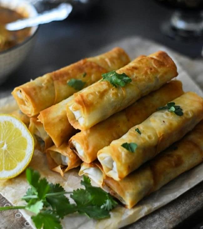Bricks végétariennes, des boureks cuits au four ou à la poêle