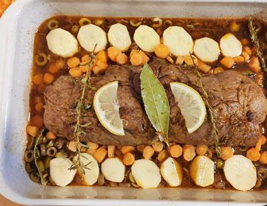 Ajouter les pommes de terre et carottes