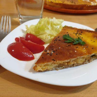 Pizza calzone viande hachée et frittes