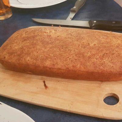 Cake au thon et gruyère cuit