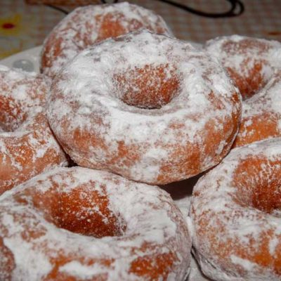 Donuts moelleux au sucre