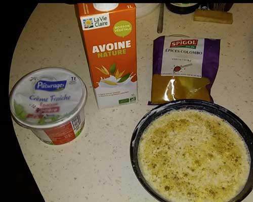 Préparer la crème au colombo
