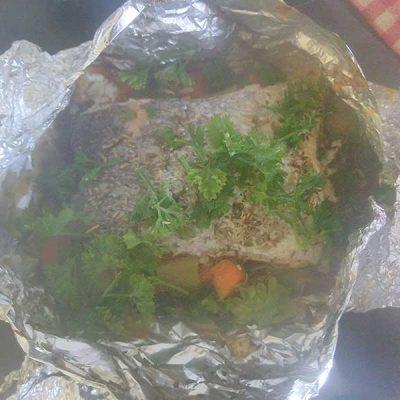 Mettez la Papillote de saumon au four