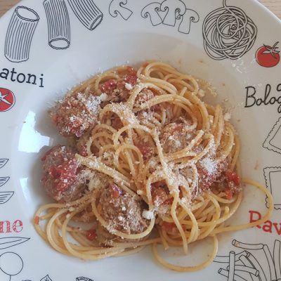 Spaghetti aux boulettes de viande à l'italienne