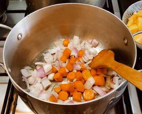 Faire revenir les carottes