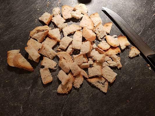 Coupez le pain perdu