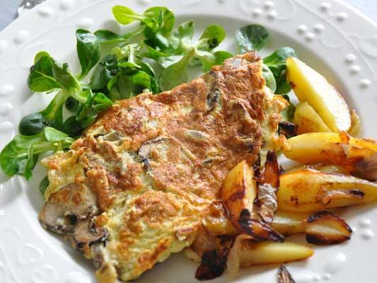 Omelette cèpes et chanterelles de saison