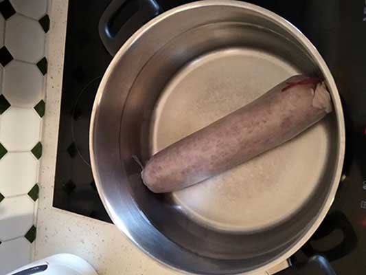 Cuire la saucisse